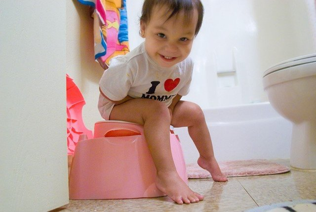 Role of Day Care in Potty Training - One Stop Bedwetting
